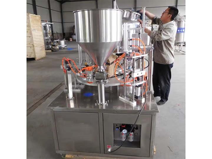 Rotary yogurt filling machine export to Pakistan
